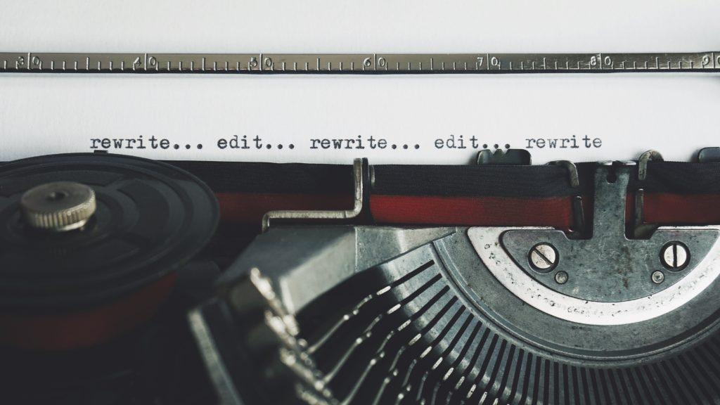 Swasunting atau Self-Editing, Memangnya Perlu?